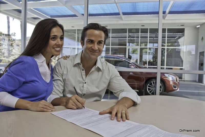 Whether to buy or lease